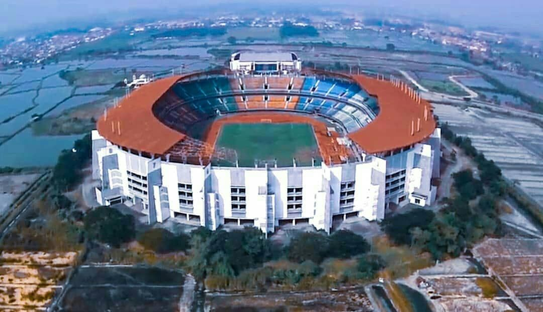 Image result for Gelora Bung Tomo Stadium
