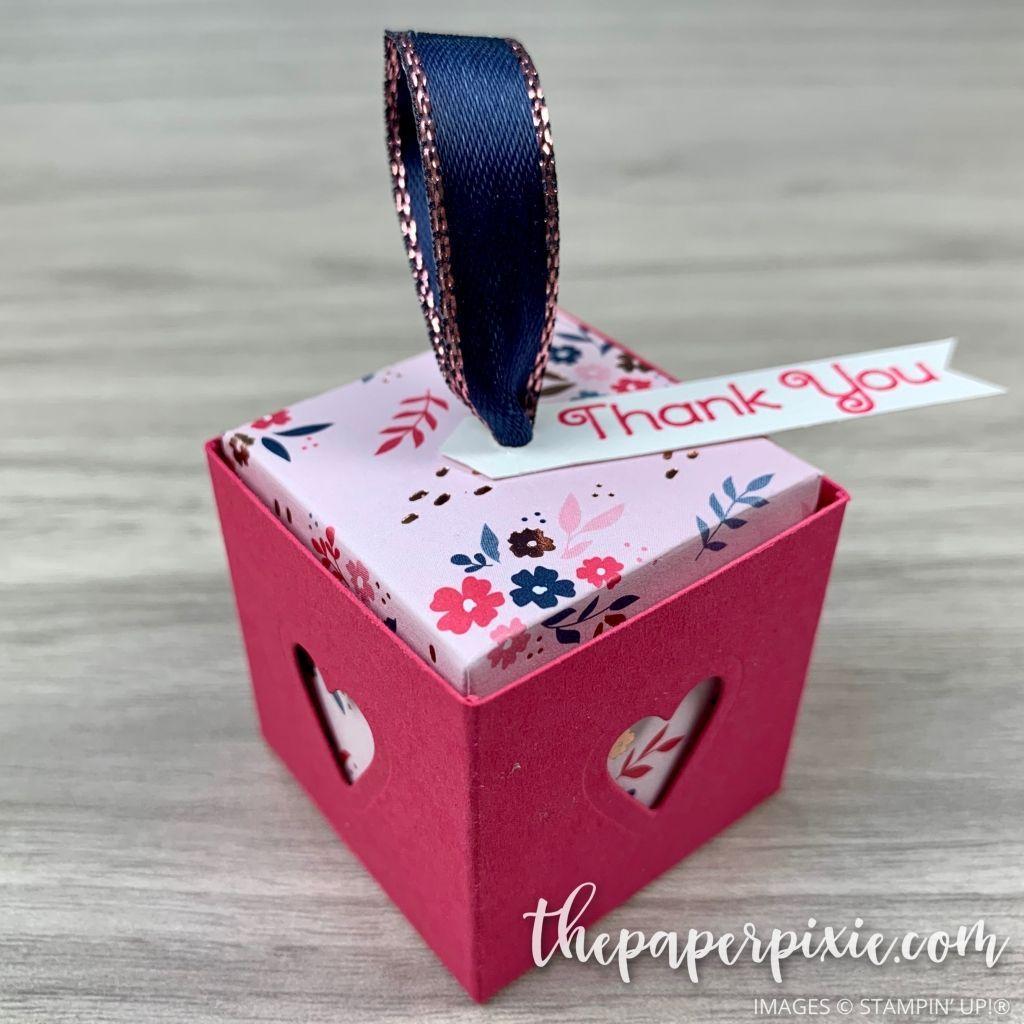Photo of Behandle den Würfel mit dem eingesetzten Deckel – The Paper Pixie – Aufbewahrungsboxen Basteln