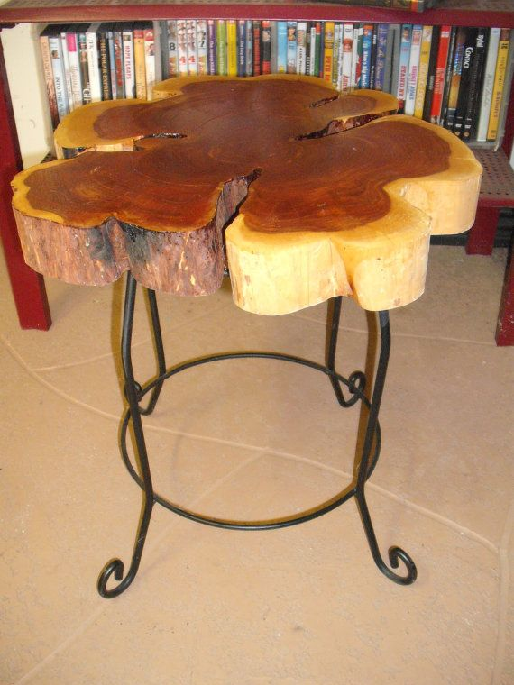 Cedar log slice end table or plant stand Pinterest Madera, Mesas