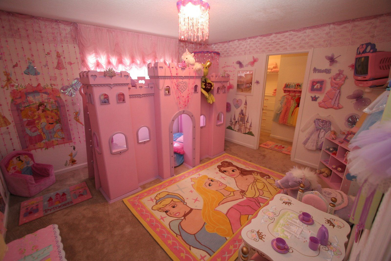 Dise os de dormitorios para ni as recamaras pinterest for Dormitorios para 4 ninas