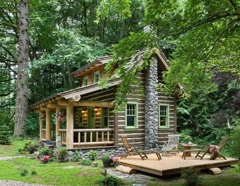 All I Need Is A Little Cabin In The Woods 24 Photos Cabins And Cottages Cottage In The Woods Log Cabin Homes