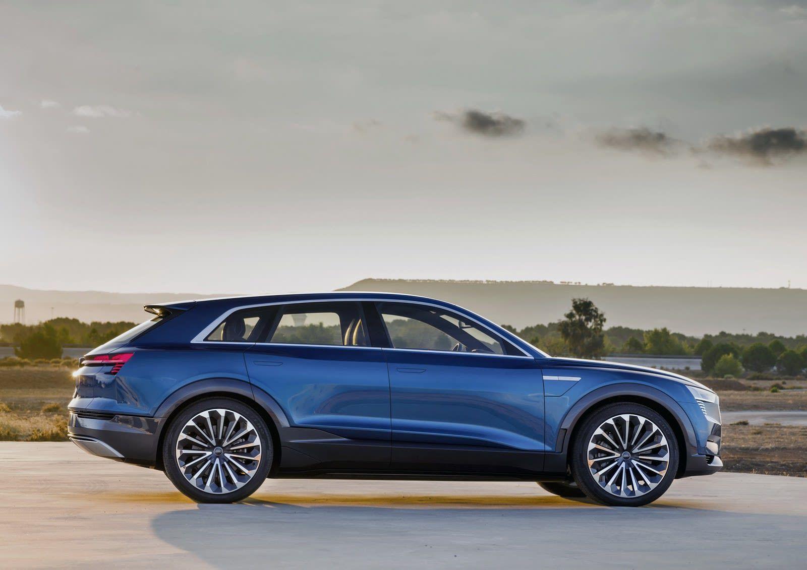 Audi S Car Interior Of The Future Has Screens Everywhere In 2020 Audi E Tron Audi Q4 E Tron