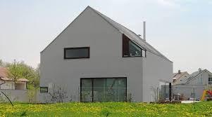 Bildergebnis Für Hausfassade Modern Streichen Domov Hausfassade