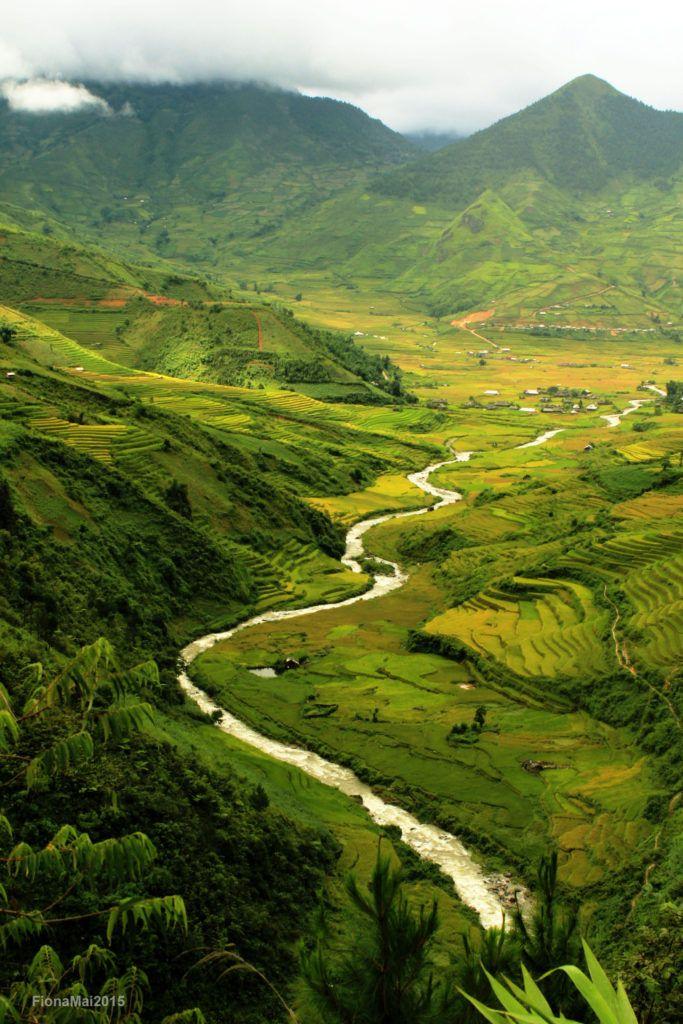 Keep Working [Mu Cang Chai, North Vietnam]; by Sarawut