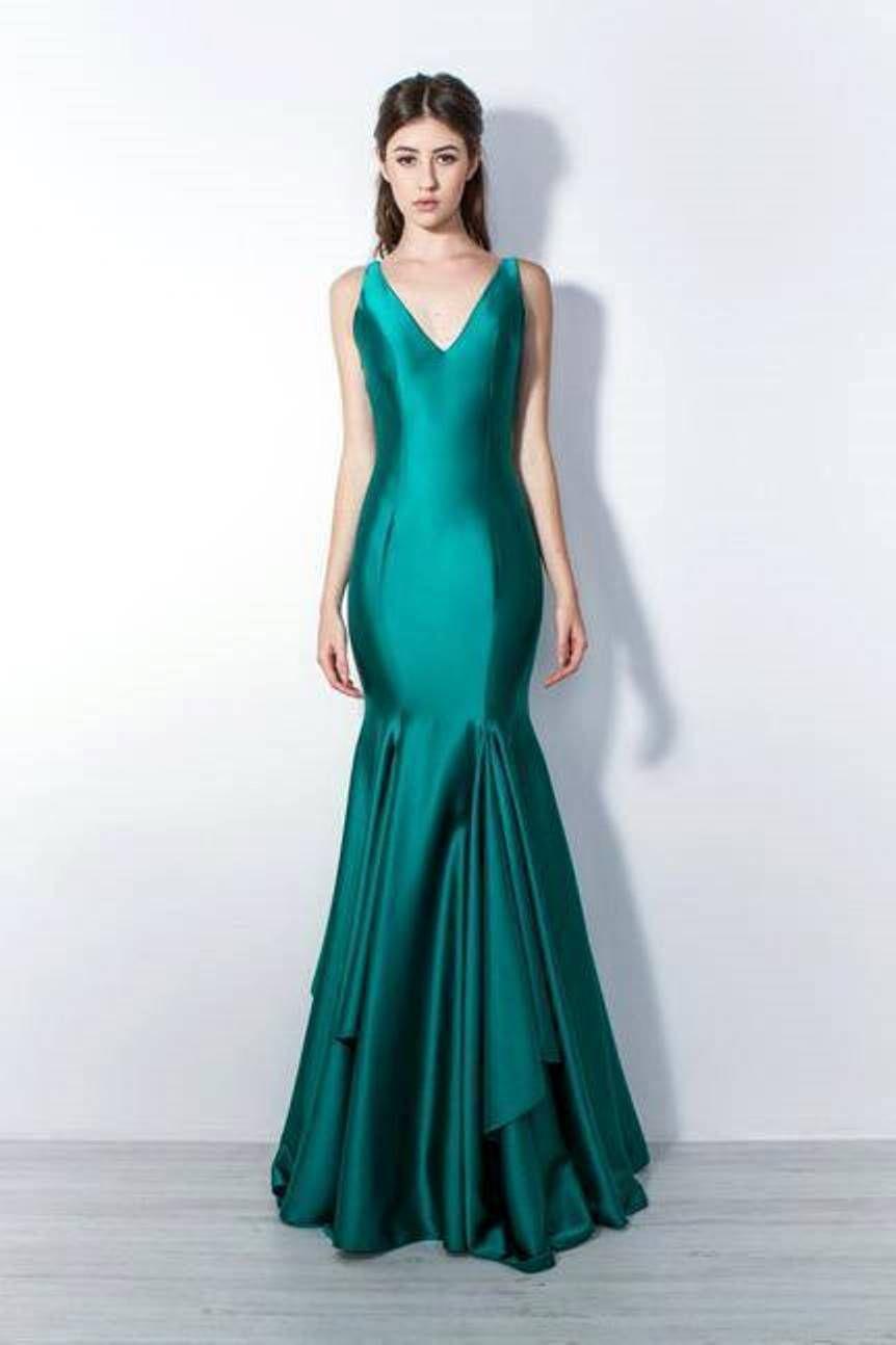 4417e364b7ce6 Tendências da moda festa 2018  verde esmeralda   Vestido de festa ...