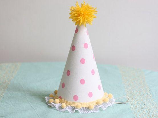 La Fiesta de Olivia | Pompones de lana DIY e ideas | Decoración de fiestas infantiles, bodas y eventos