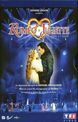 Romeo Et Juliette De La Haine A L Amour Romeo Et Juliette Comedie Musicale Francaise Comedie Musicale