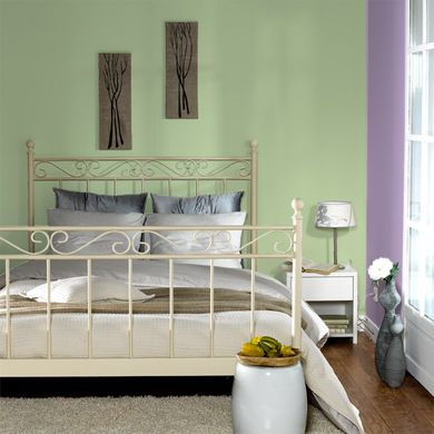 vert amande 4 murs sympa pour une chambre bedroom ideas pinterest chambre vert chambre. Black Bedroom Furniture Sets. Home Design Ideas