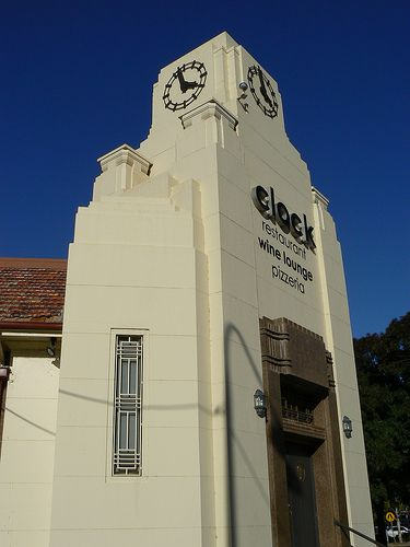 Clock Restaurant, Griffith