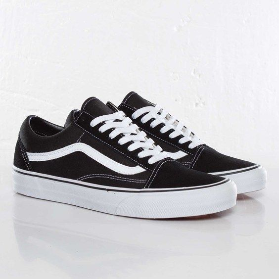 Vans Old Skool black and whites: my favorite pair! I need them for  Christmas soooooo much I love themmm