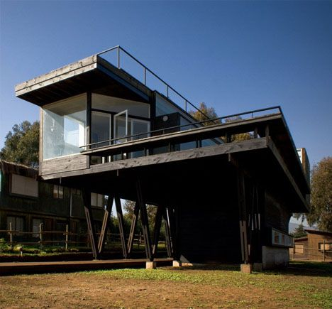 Literal Beach House: Oceanfront Summer Home Sits On Stilts