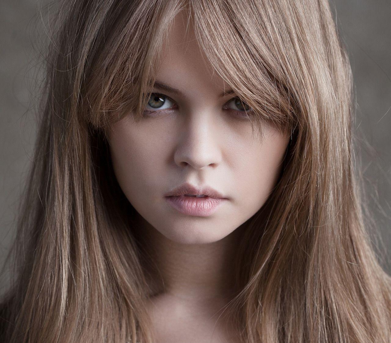 90s nose piercing  Nastya Scheglova  Ojos De Mujeres Hermosos Mas Caras Diversas