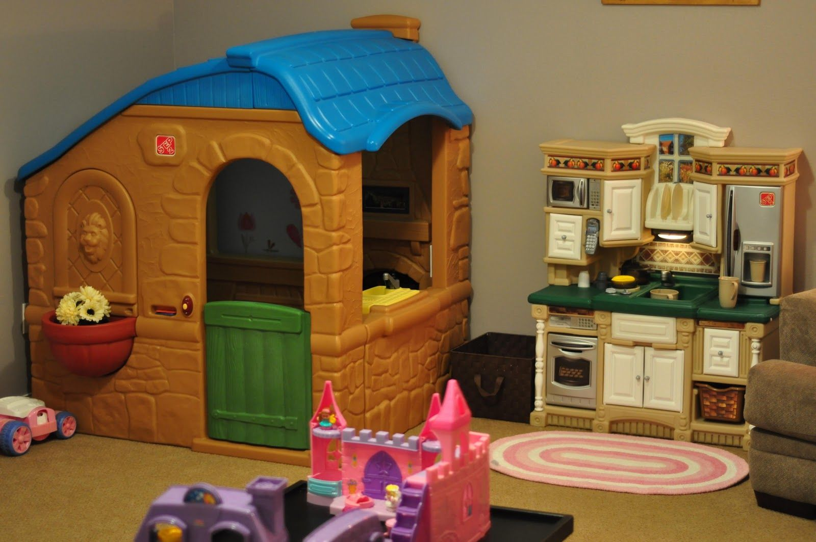 my daughter is almost 2yrs old so i just had to include a playhouse rh pinterest com English Cottage Country Cottage
