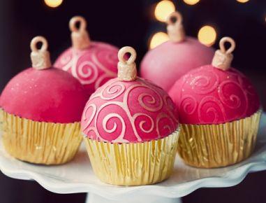 Glitzer Christbaumkugeln.Kastanien Nougat Christbaumkugeln Cakepops Christmas Cupcakes