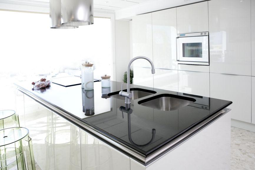 425 White Kitchen Ideas For 2018  Modern White Kitchens Kitchens Pleasing White Kitchen Design Design Decoration