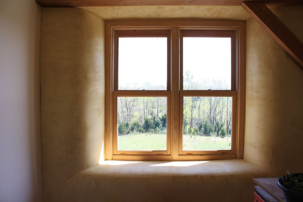 Rounded window jambs plastered window sill strawbale for Window jamb design