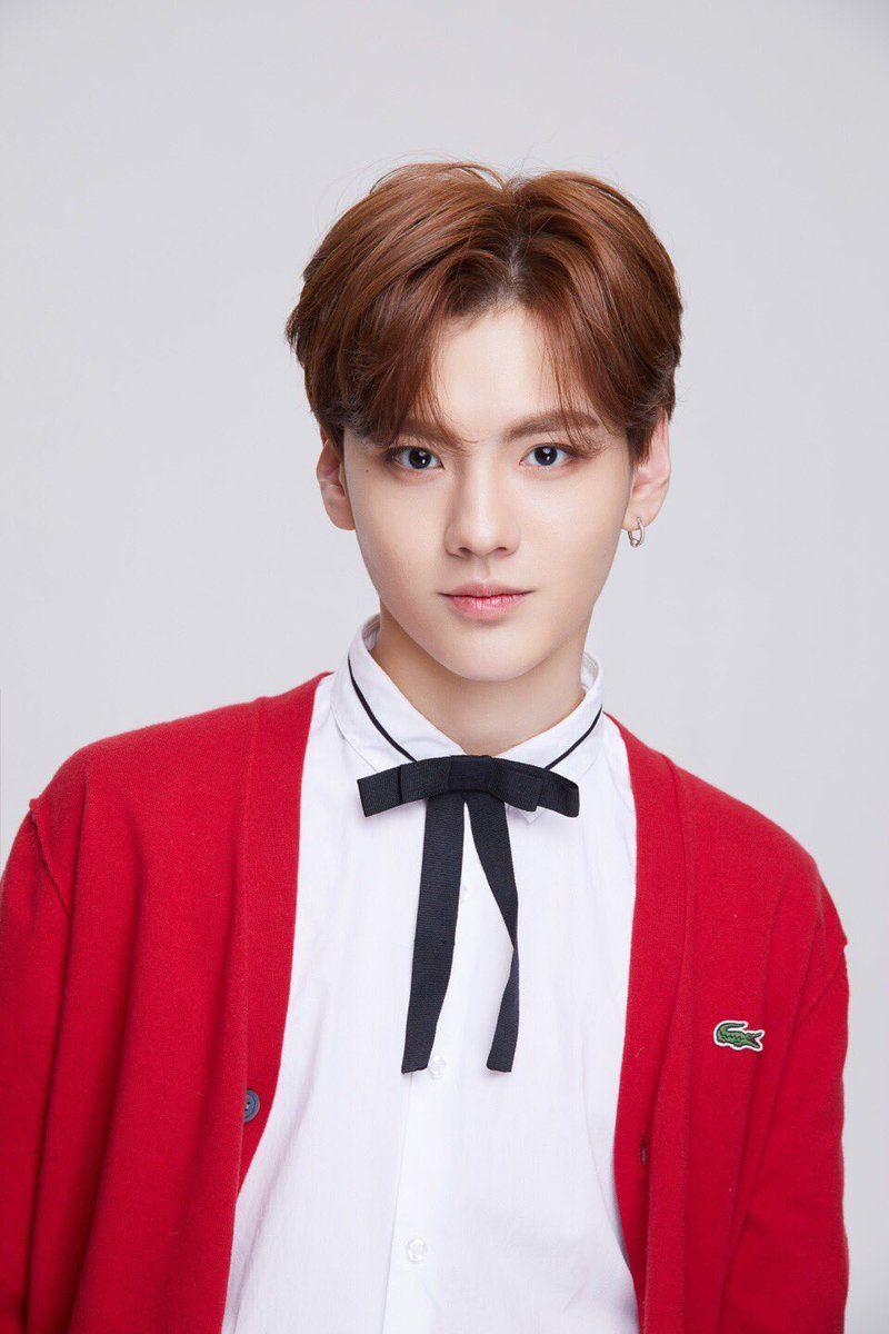Bi Wenjun Idol Producer My Idol Beldade Masculino