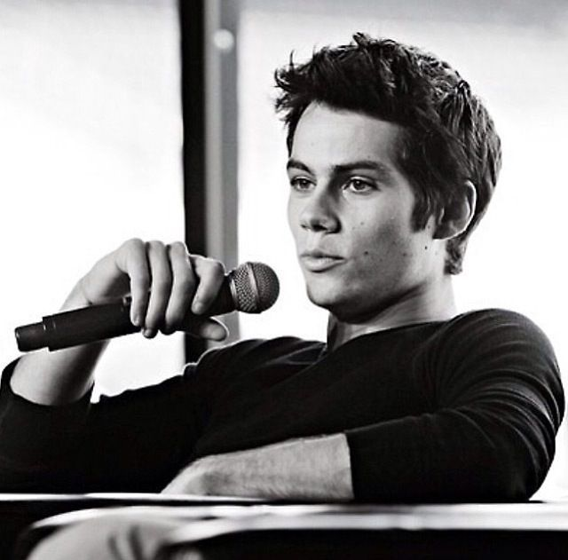 Dylan obrien is making me melt inside