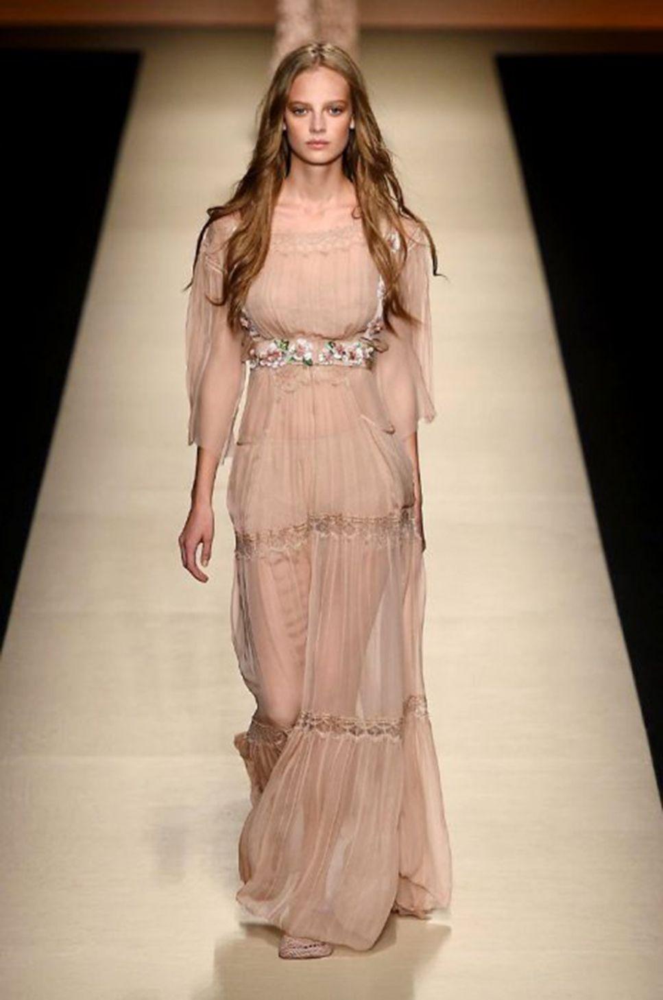 Photo of Lucia Ferrara write on www.daringtodo.com