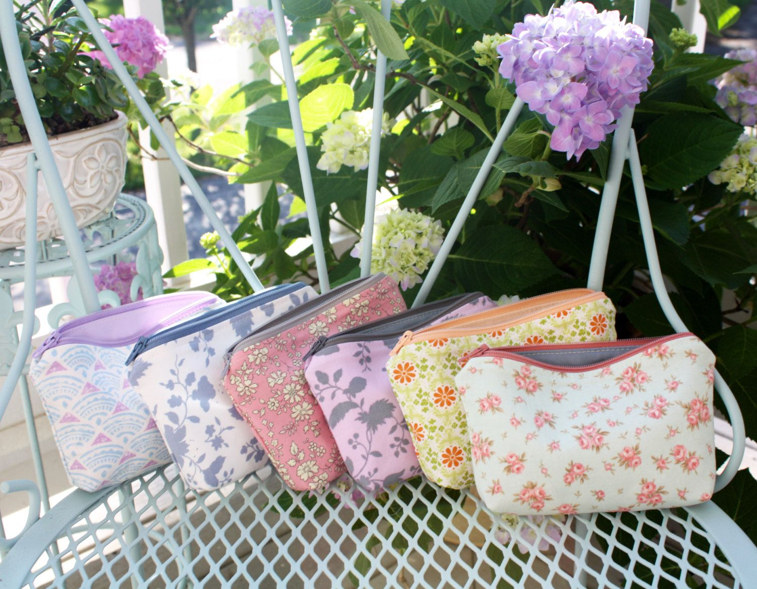 Custom Small Purse - Maid of Honor or Bridesmaid Gift by LoveofPattern on Etsy