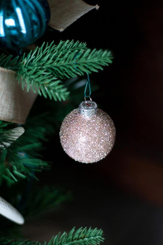 Decorate a small Christmas tree that you will remember for years to come. These tips and tricks are easy and quick and will make your tiny Christmas tree look like a million bucks! More ideas in Christmas decor and diy. #myweeabode #christmastree #smallchristmastree #smallspace #coastalchristmasdecor #classicchristmastree #smallchristmastreeideas Decorate a small Christmas tree that you will remember for years to come. These tips and tricks are easy and quick and will make your tiny Christmas tr #smallchristmastreeideas