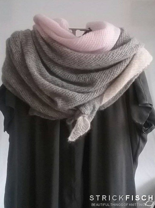 Photo of Knit XXL triangular scarf – versatile and timeless