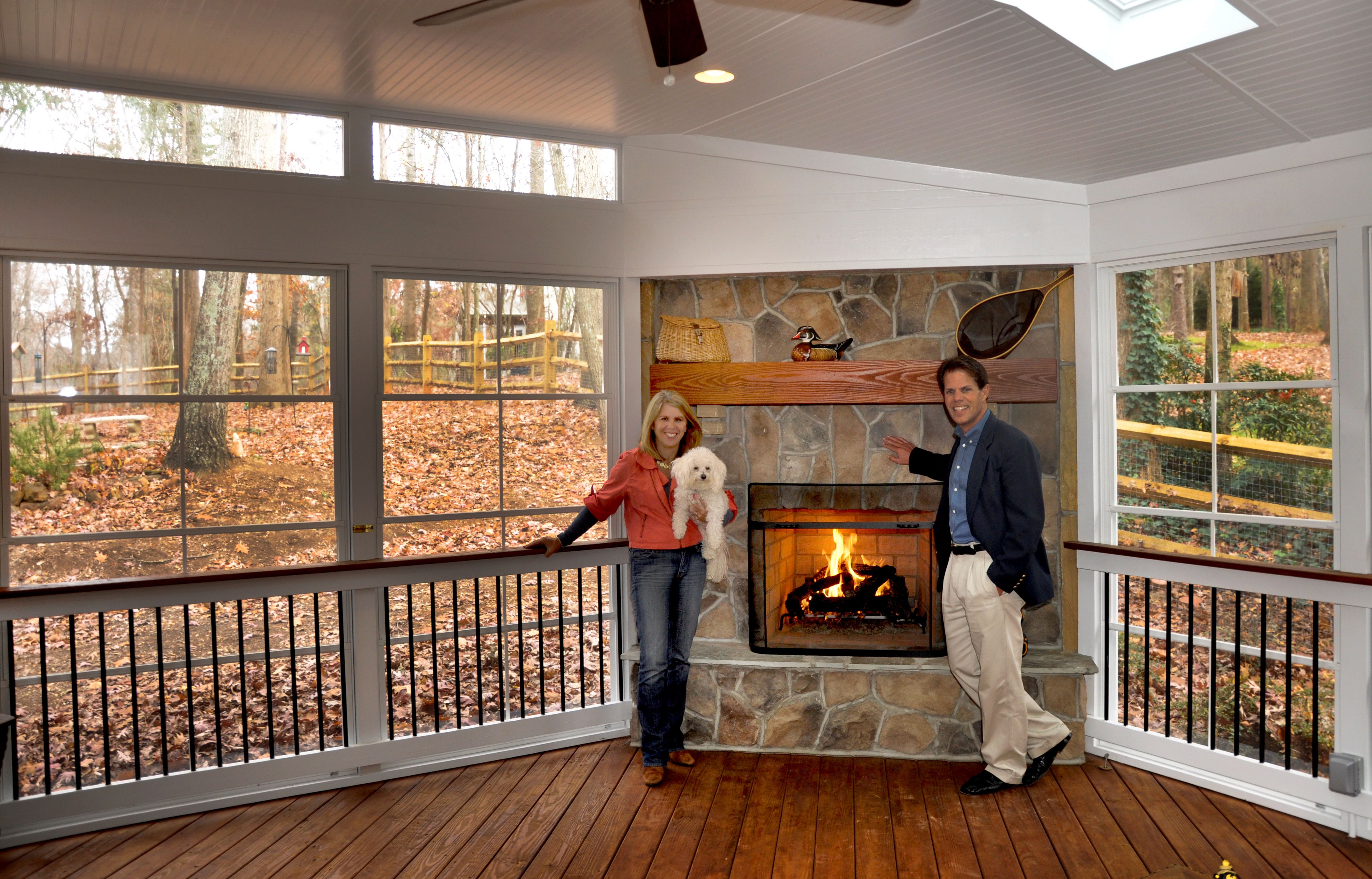 What Is Eze Breeze Raleigh Screen Porch 3 Season Room Builder Eze Breeze Screen Porch In Charlotte With A Wood Burning