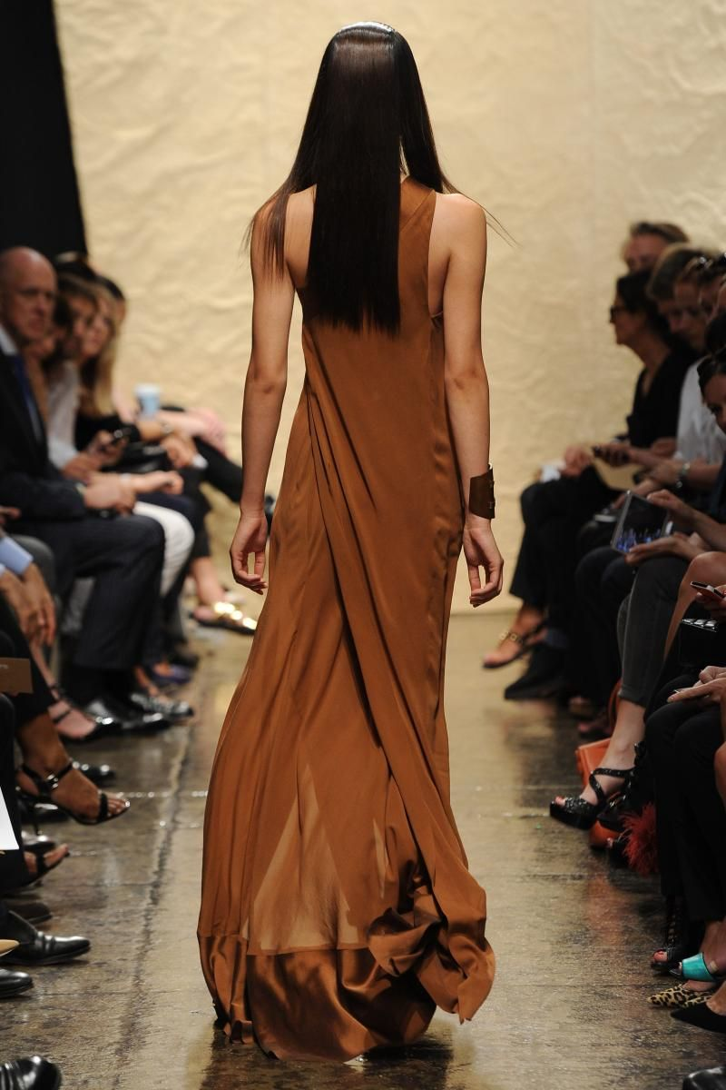 Coppery wrap. Donna Karan Spring 2014 RTW.