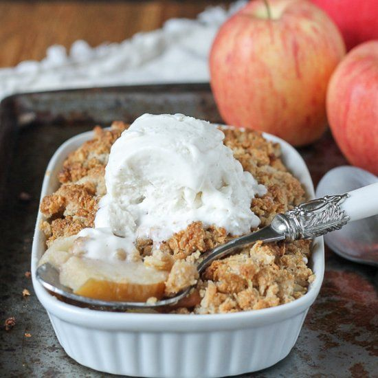 This Small Serving Apple Crisp is a guiltless indulgence- it's #glutenfree refined sugar free, and #vegan so you can eat the whole thing!