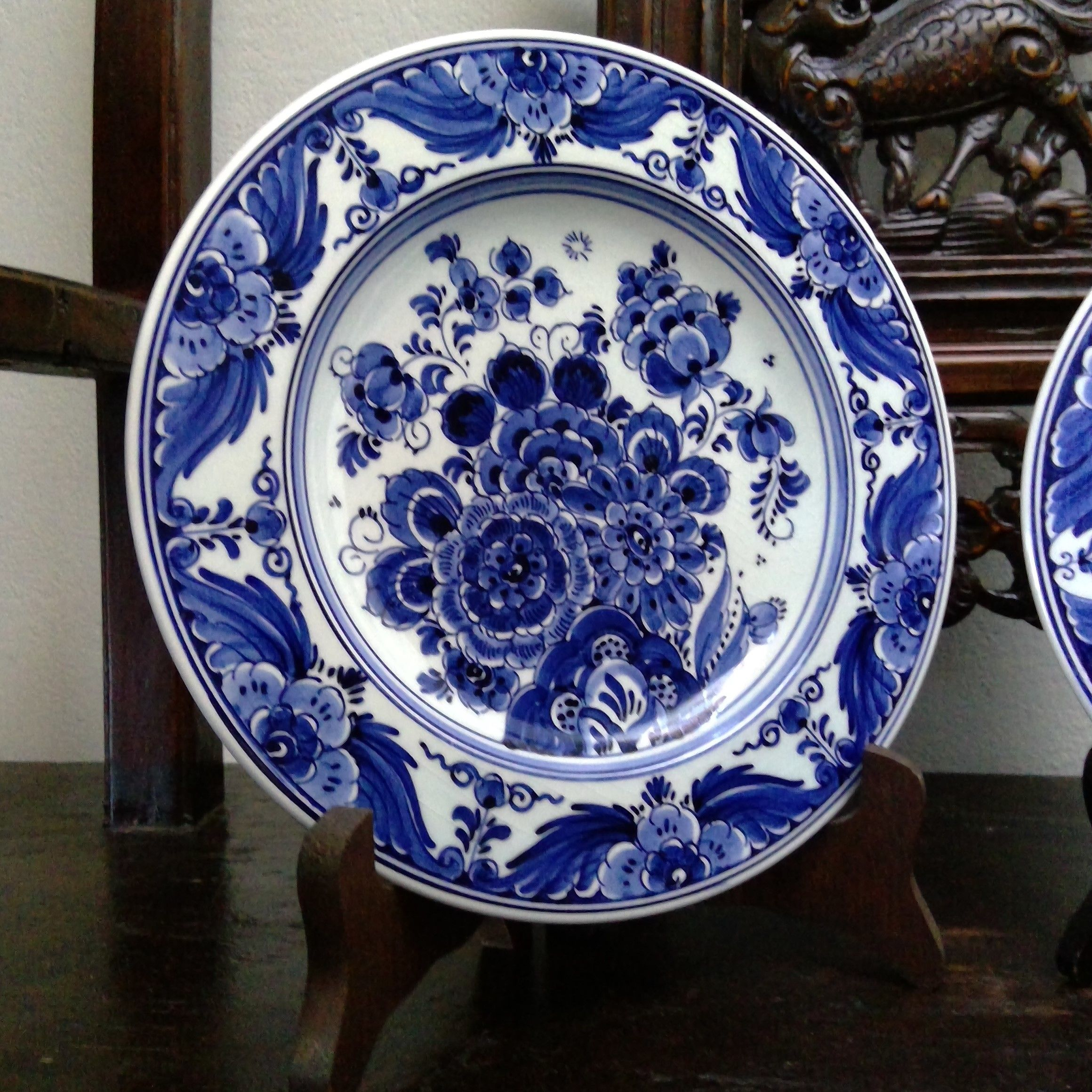2 Vintage Delft Blue Wall Plates By Velsen Sassenheim Etsy In 2020 Pottery Art Blue And White China Blue And White