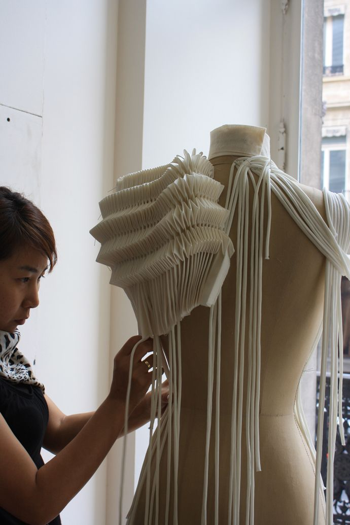 MasterClass Christine - 133 | Smocking, pleating, origami ...