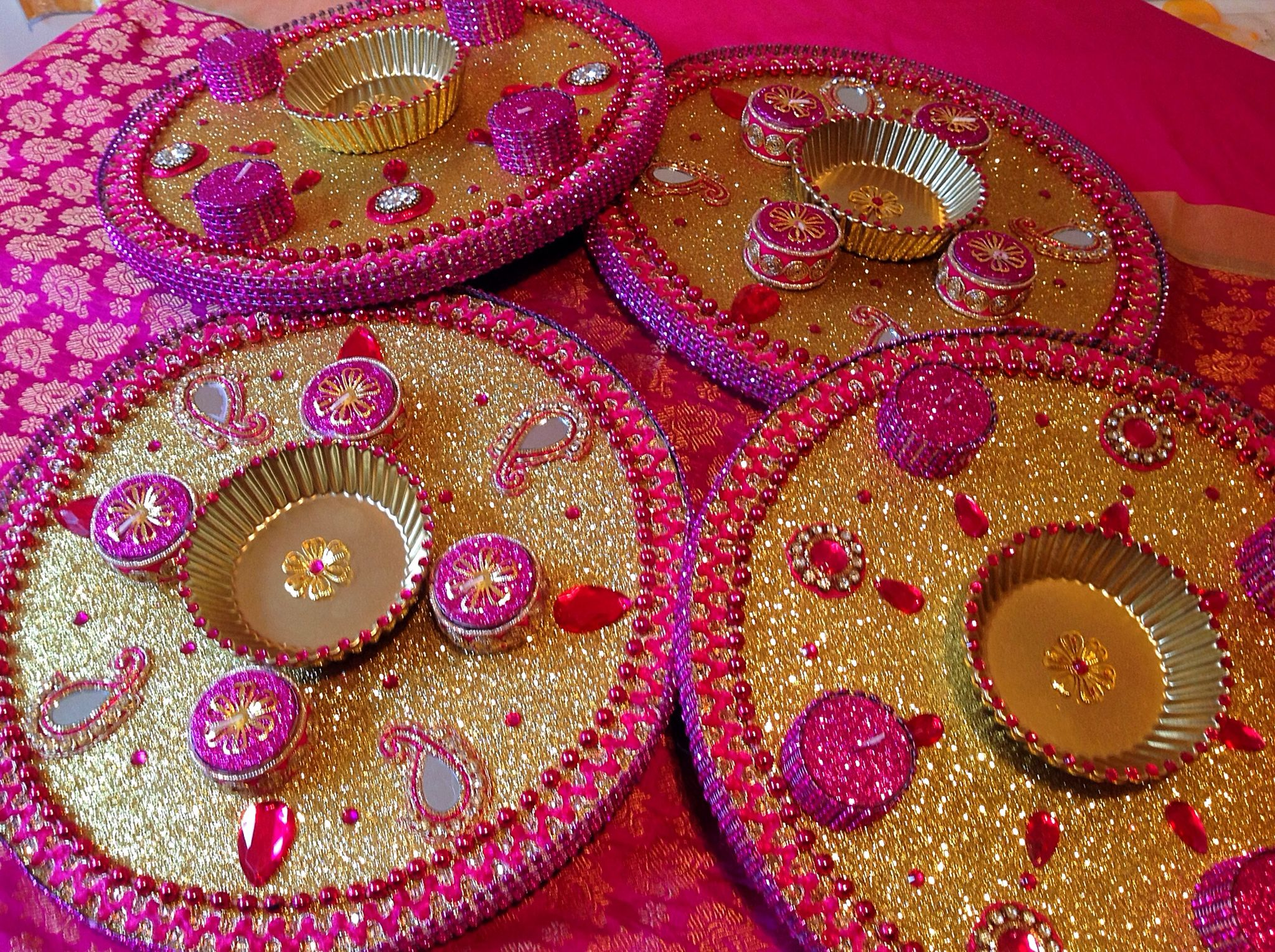 Mehndi Party Trays : Round mehndi plates in luscious pink and gold see my face book