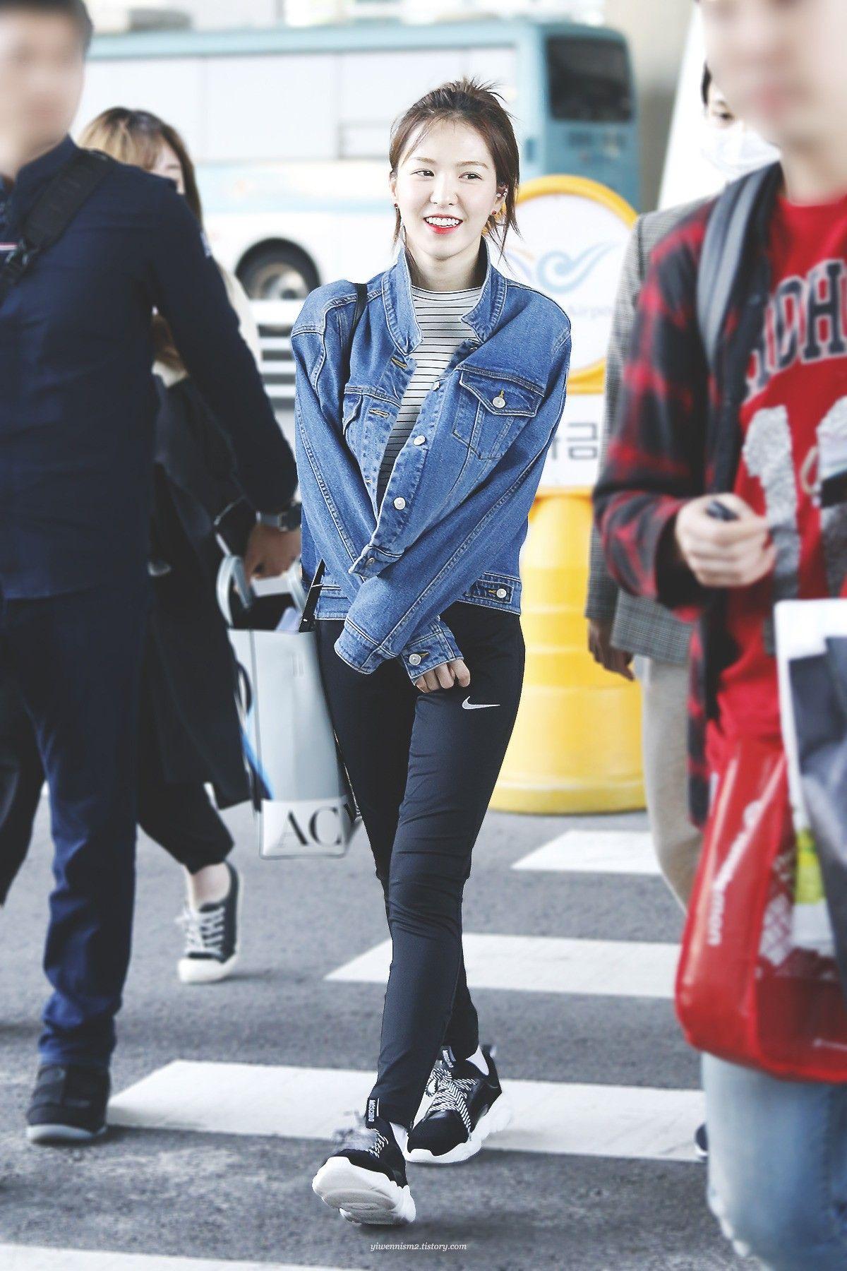 Wendy Red Velvet Airport Fashion