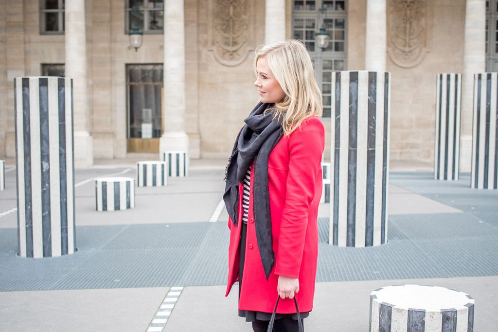 Paris I Outfit I Red coat I Tara Jarmon I Louis Vuitton scarf