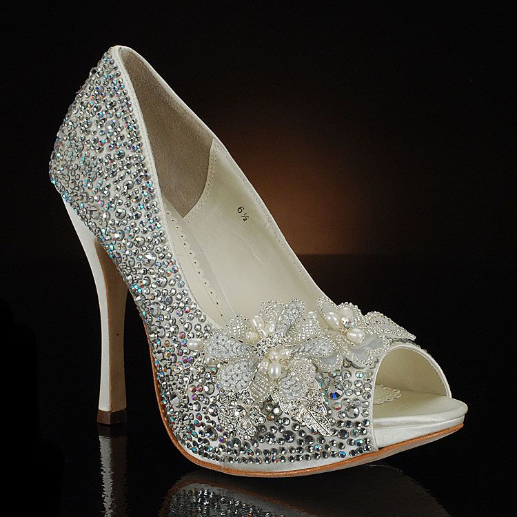 Elegant Wedding Shoes Pinned By Decorations Specialists Dazzlemeelegant