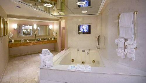 Seattle Jacuzzi Suites Excellent Romantic Vacations Whirlpool Tub Jacuzzi Jacuzzi Bathroom