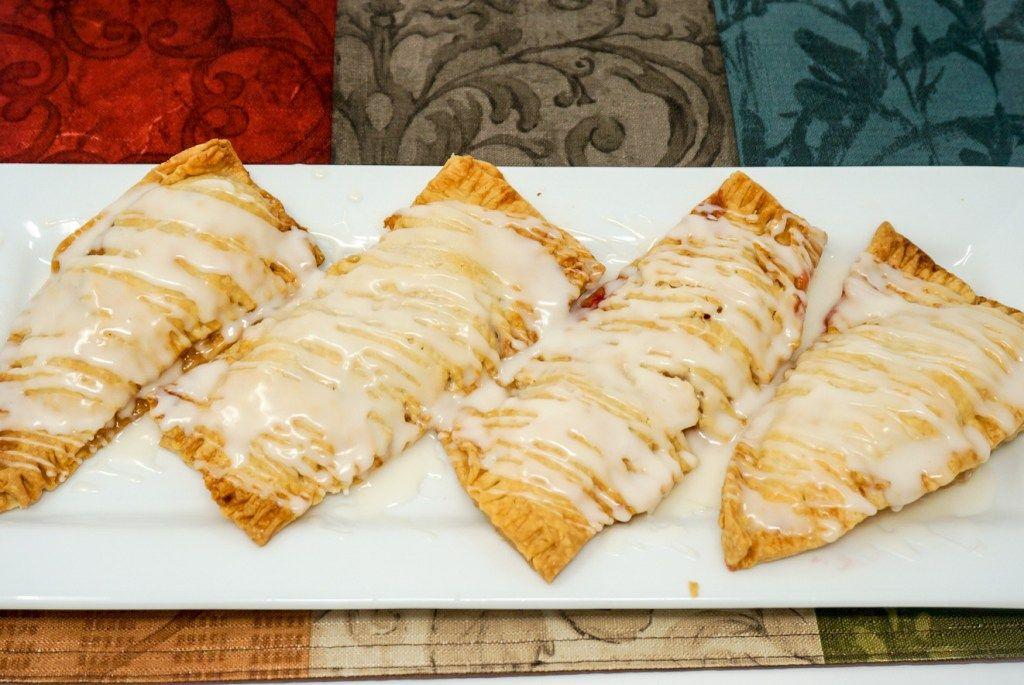 Air Fryer Fruit Pies Recipe Fruit pie, Strawberry