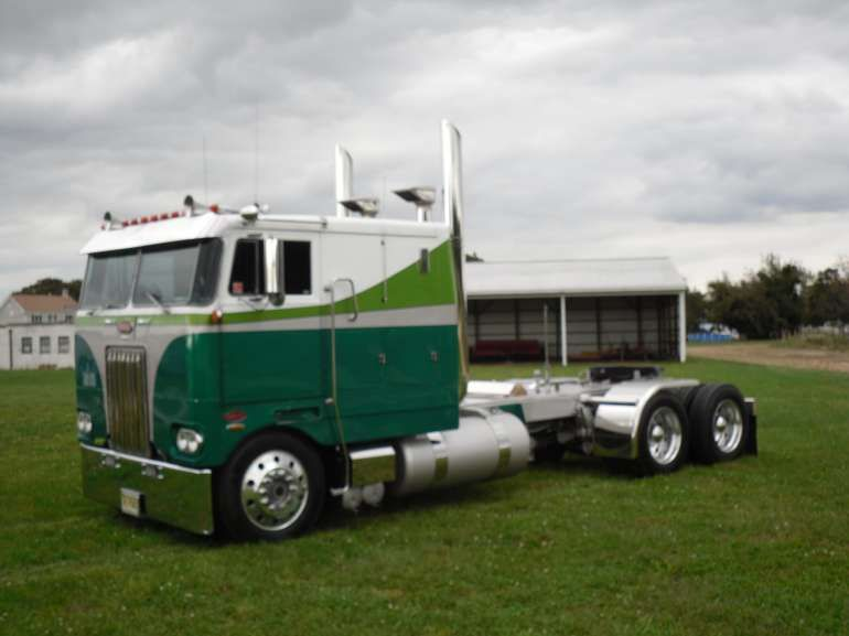 1979 Peterbilt 352 Tandem Axle Semi Truck For Sale | Trucks Cabover