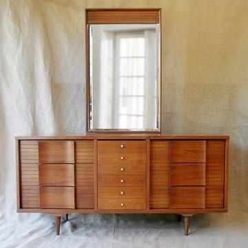 Johnson Carper Dresser