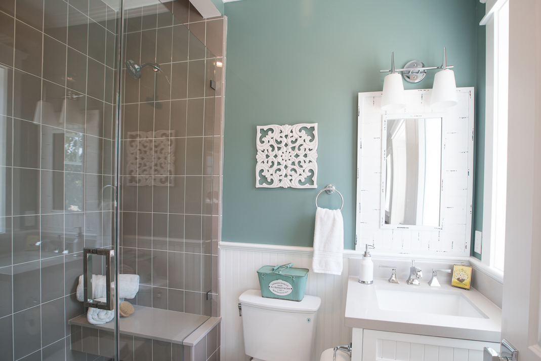 Studio Bathroom Reveal With In The Moment From Behr Exterior Paint Colors For House Bathroom Makeover Office Bathroom