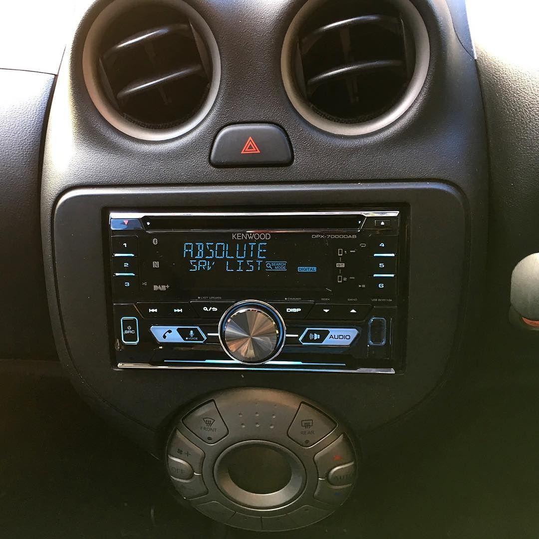 VINTAGE CLASSIC RADIO OVAL BEETLE USB BLUETOOTH