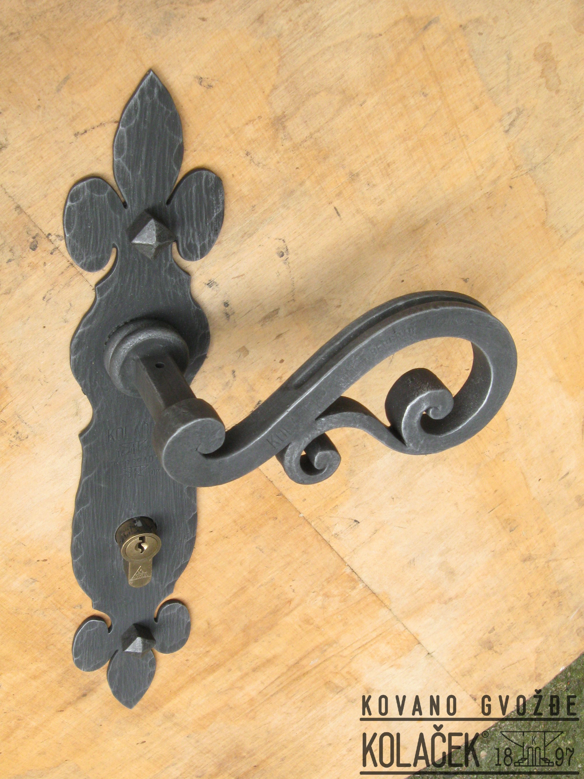 Door handle, wrought iron. Kolacek 1897 | Kovano gvozdje Kolacek ...