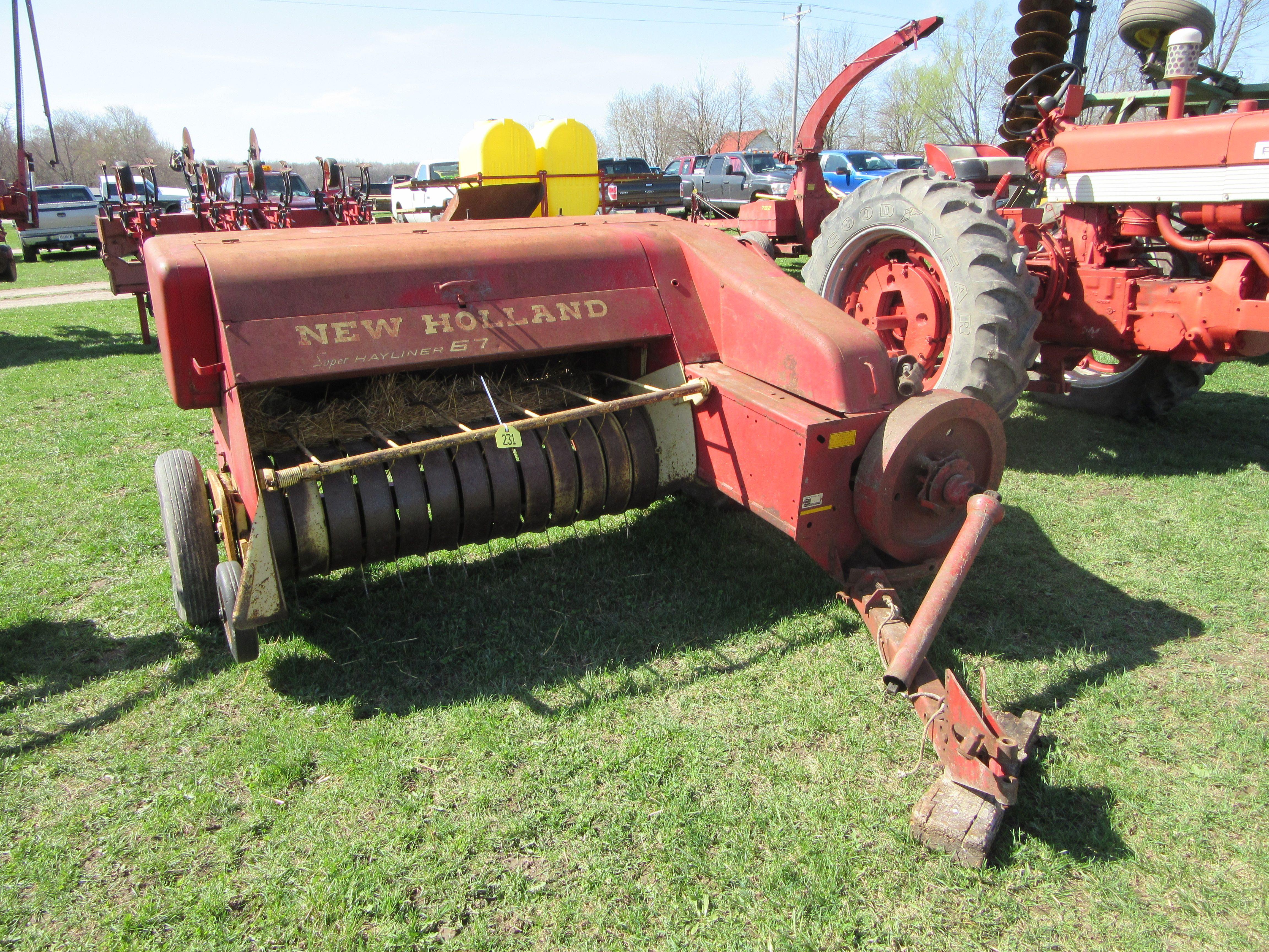 1b0a0fd8fdf7 New HOlland 67 Super Hayliner baler Baler, New Holland, Vintage Farm, Hay,