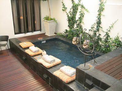 os traigo un monton de buenos ejemplos para poner una piscina en un lugar reducidio ya sea una terraza o un patio no te lo pierdas