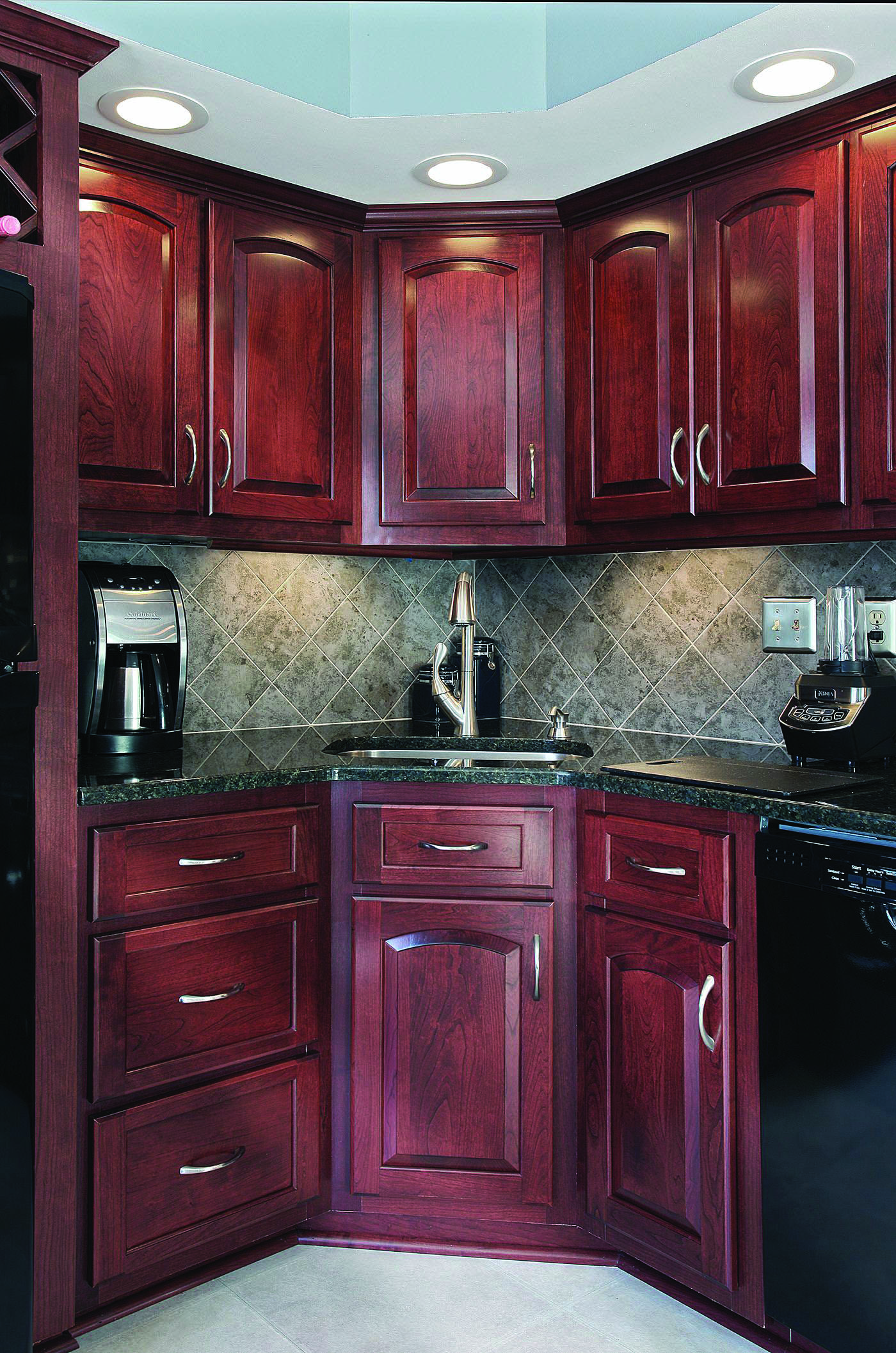 Outstanding Cherry Java Kitchen Cabinets That Will Blow Your Mind Cherry Cabinets Kitchen Kitchen Renovation Kitchen Remodel