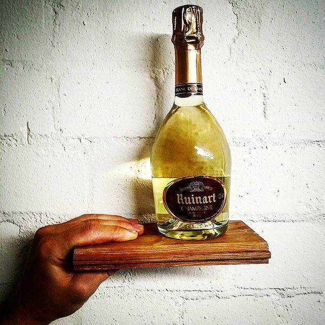 Ruinart Blanc De Blancs On A Platter We Love This Little Halvie Halfbottles Ruinart Champagneruinart Imported Wine American Wine Best Champagne