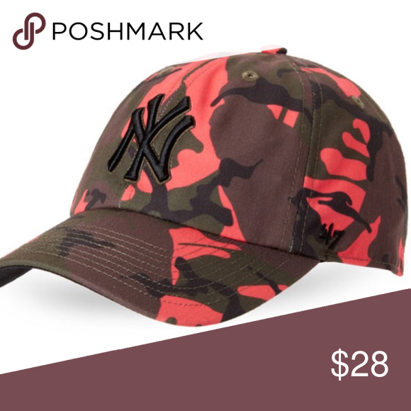 "a053b53fab4bc NY Yankees camouflage baseball hat NY Yankees camouflage baseball hat All  over camouflage print 100% cotton 2 3 4"" brim Contrast curved brim  Adjustable ..."