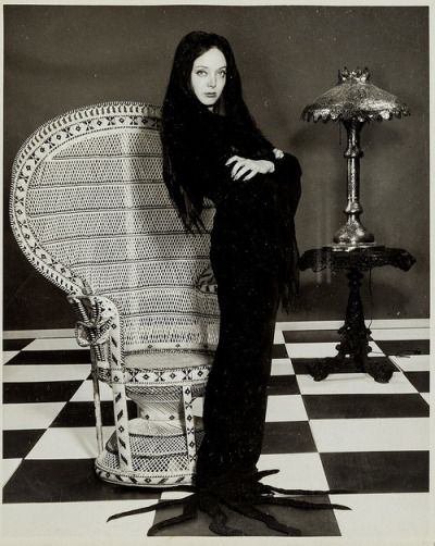 I channeled my inner Morticia Addams today and bought a beautiful peacock chair at a second hand market.