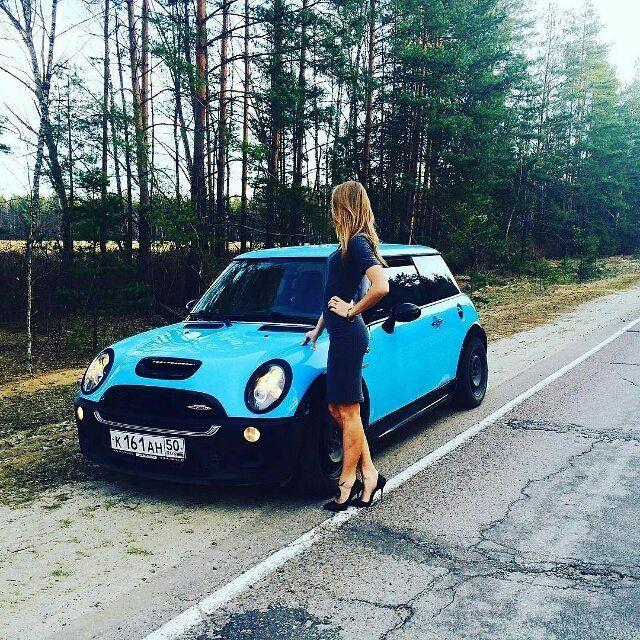 Mini Cooper S Blonde Lady Girl Power Light Blue Black