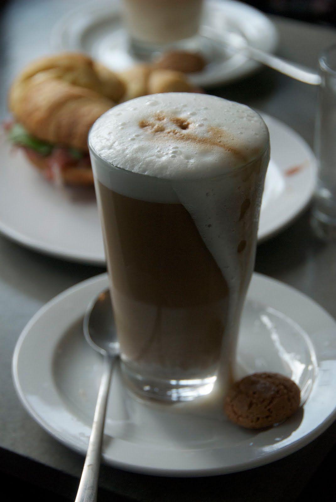 Pin By Radia Dz On Coffee Latte Coffee Recipes Latte Coffee Latte